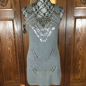 BCBGMaxAzria Gray Embellished Sleeveless Tunic Top